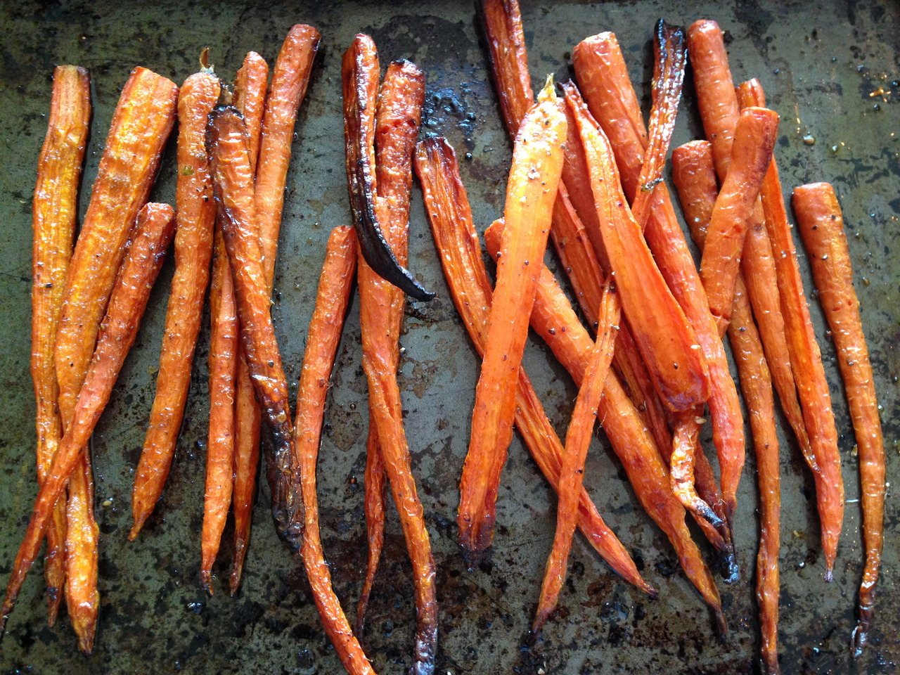 Roasted Carrots with Baby Kale and Cumin Spiked Yogurt - AliLarter.com