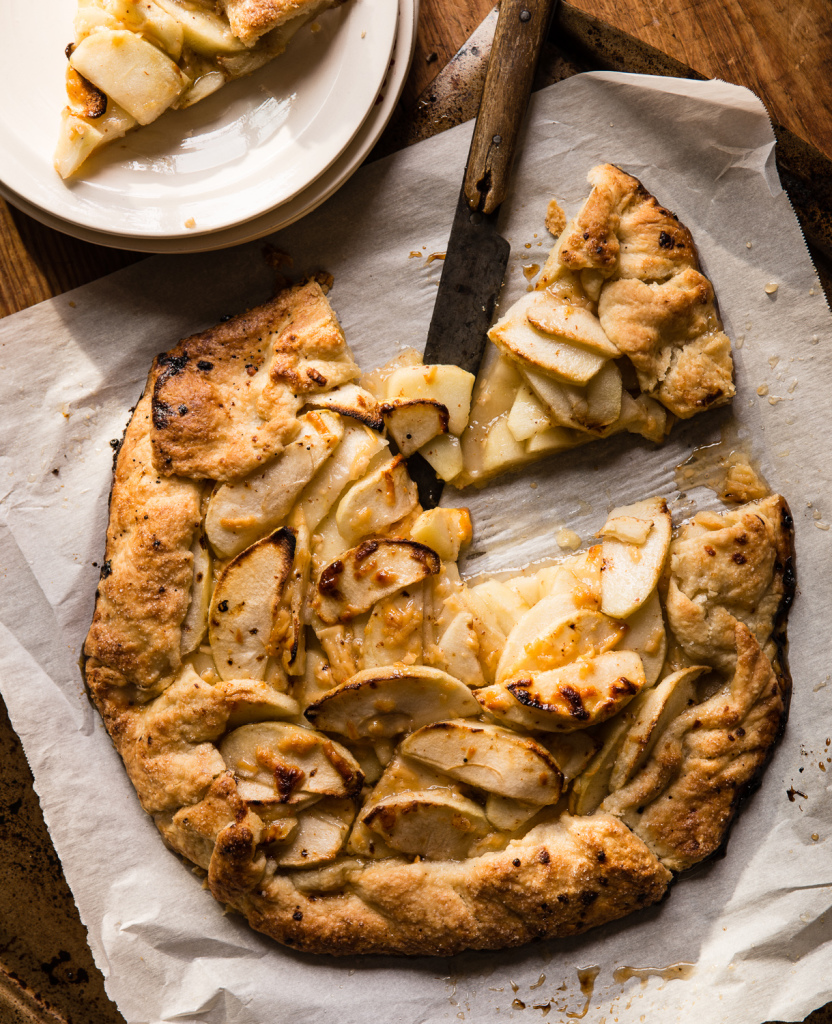Apple crostata with aged gouda