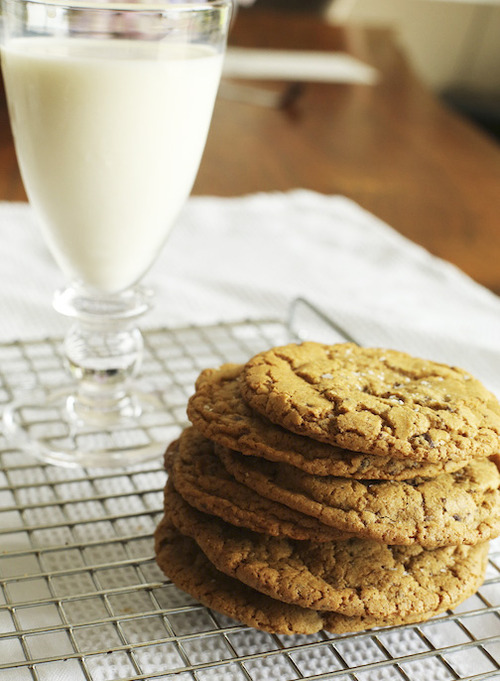 Organice whole wheat chocolate chip cookies